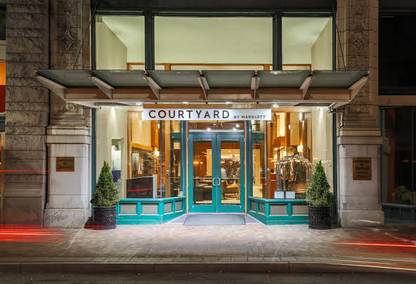 Courtyard by Marriott Pittsburgh Downtown Image